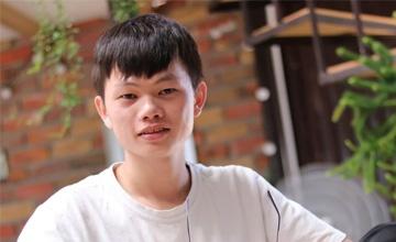 Reviewer Hùng 20cm (FA Channel)